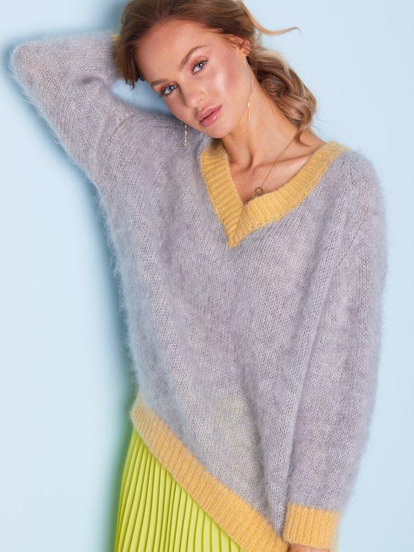 Sweter Beti Szary